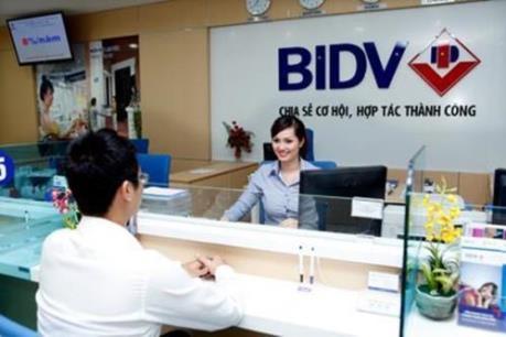 BIDV hỗ trợ 23 tỷ đồng cho 16 địa phương khắc phục hậu quả hạn, mặn