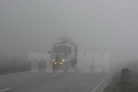 Dự báo thời tiết hôm nay 3/4: Đông Bắc Bộ mưa phùn, độ ẩm rất cao