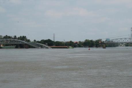 Vụ sập cầu Ghềnh ở Đồng Nai: Sẽ tổ chức phương án chạy tàu thay thế
