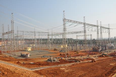 Sẵn sàng kết nối lưới điện truyền tải giữa Việt Nam và Lào