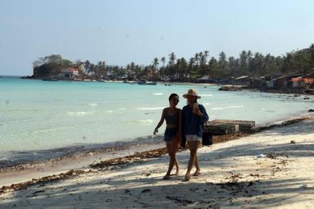 Du lịch ngắn ngày hút khách