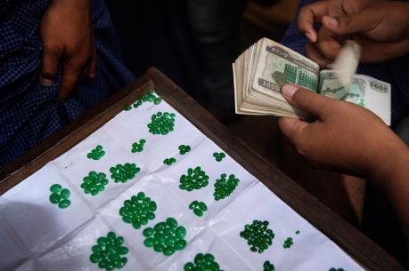 Ngọc bích, mặt hàng xuất khẩu tiềm năng của Myanmar