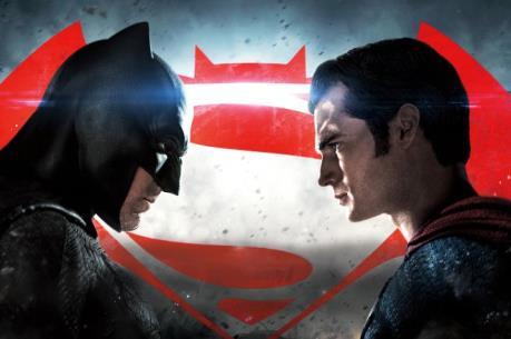 """Bom tấn """"Batman v. Superman"""" gây bão mạng"""