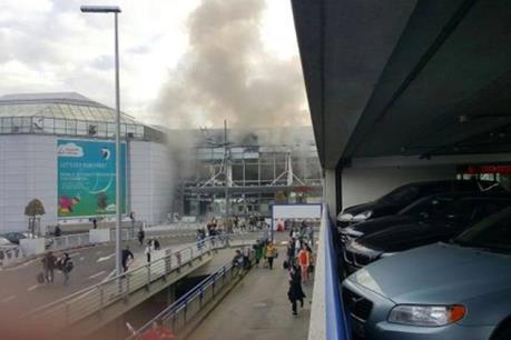 Brussels tiếp tục rung chuyển bởi một vụ nổ ở ga tàu điện ngầm