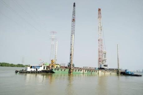 Vụ sập cầu Ghềnh: VEC hỗ trợ khẩn cấp 2 cẩu lớn khắc phục sự cố