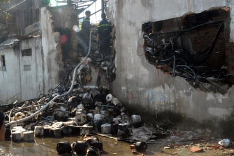 Khống chế vụ cháy tại xưởng may ở quận 12, Thành phố Hồ Chí Minh