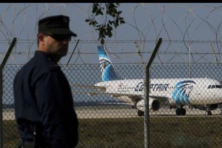 Vụ bắt cóc máy bay của Ai Cập: Có sự nhầm lần trong việc xác định danh tính thủ phạm