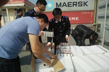 Hải quan Hải Phòng phát hiện và thu giữ gần 40.000 cây thuốc lá nhập lậu