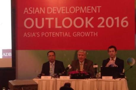 ADB: Tăng trưởng kinh tế Việt Nam sẽ duy trì mức 6,7% năm 2016