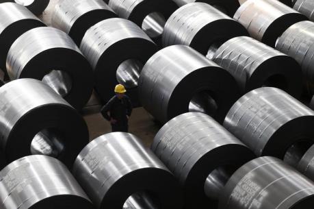 Khối nợ lớn cản trở kế hoạch giảm công suất ngành công nghiệp Trung Quốc