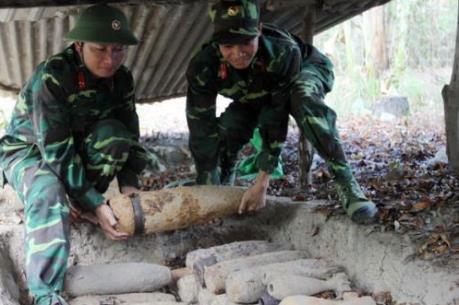Cần trên 10 tỷ USD và hơn 100 năm để làm sạch bom mìn sau chiến tranh ở Việt Nam