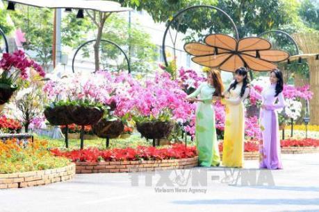 Dự báo thời tiết 23/12: Bắc Bộ nhiệt tăng trở lại, Nam Bộ nắng hanh