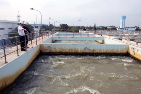 Ngừng lấy nước trên sông Sài Gòn vì nước nhiễm mặn vượt mức cho phép