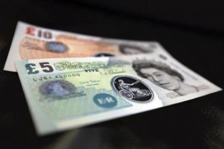 Lương tối thiểu tại Anh được nâng lên 7,2 bảng/giờ
