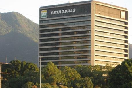 Petrobras lên kế hoạch cắt giảm hàng nghìn nhân viên