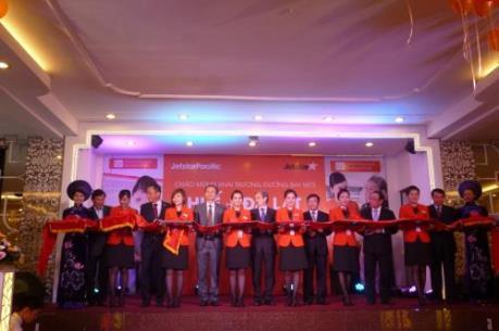 Jetstar Pacific khuyến mại đường bay mới Huế - Cam Ranh