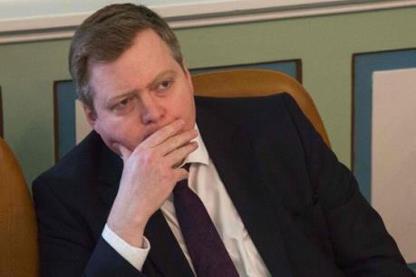 """Vụ """"Hồ sơ Panama"""": Thủ tướng Iceland từ chức"""