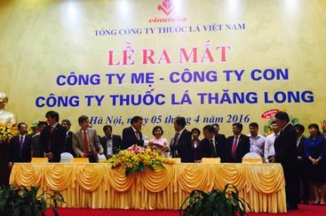 Ra mắt Công ty mẹ - công ty con: Công ty Thuốc lá Thăng Long