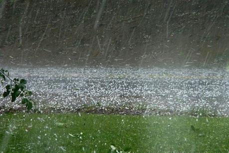 Dự báo thời tiết 6/4: Cảnh báo một số khu vực có nguy cơ tố lốc, mưa đá