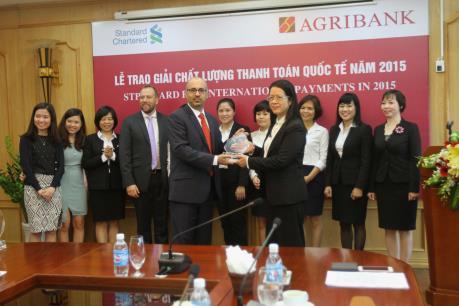 Agribank nhận giải thưởng Chất lượng Thanh toán Quốc tế năm 2015