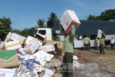 Tây Ninh khởi tố vụ vận chuyển trái phép 2.000 bao thuốc lá
