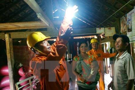 EVN khắc phục hậu quả mưa lũ ở miền Trung