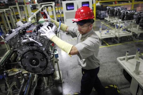 Thị trường việc làm Mỹ khởi sắc dù tăng trưởng kinh tế yếu