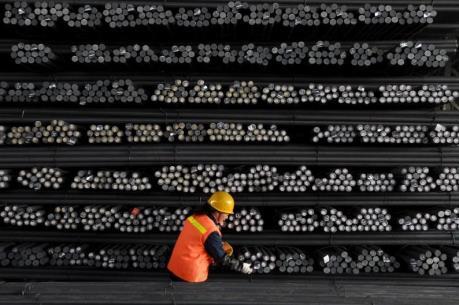 Ngành thép Trung Quốc đối mặt với khó khăn