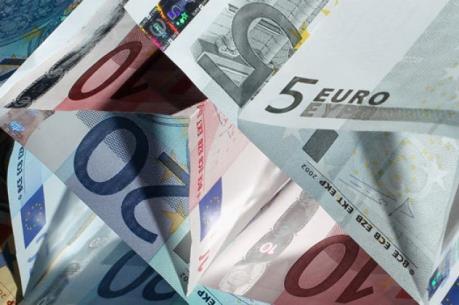 Italy cân bằng ngân sách theo yêu cầu của EC