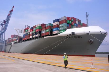 Hàng hóa thông qua các cảng biển tăng hơn 13%