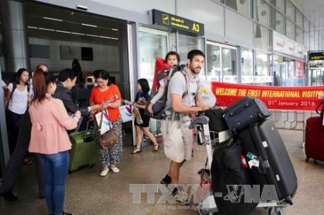 Sẽ gia hạn chính sách miễn thị thực cho khách Tây Âu