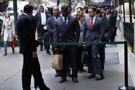 Thị trường việc làm Canada khởi sắc trong tháng Ba
