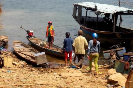 Vụ lật ghe trên hồ thủy điện sông Tranh 2: Khẩn trương tìm kiếm nạn nhân còn lại