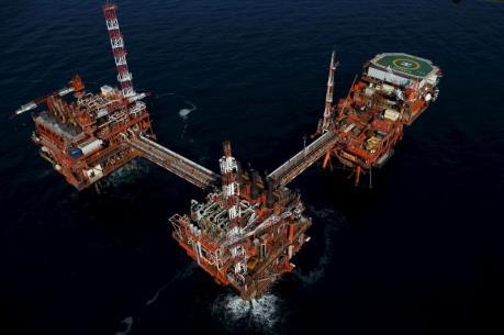 Giá dầu thế giới ngày 14/4: Dầu WTI và dầu Brent sụt giảm nhẹ