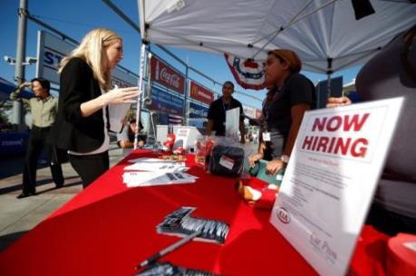 Đơn xin trợ cấp thất nghiệp tại Mỹ ở mức thấp nhất trong 42 năm