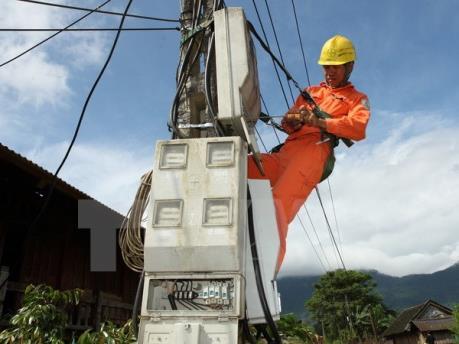 Hoàn tất nhiều công trình điện chậm tiến độ