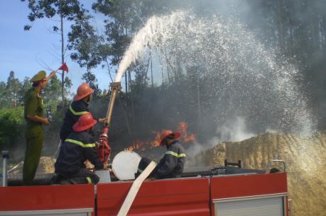 Đà Nẵng: Khống chế đám cháy gần khu Bảo tồn thiên nhiên Bà Nà