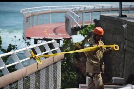 Sập công trình phục vụ Thế vận hội 2016, hai người thiệt mạng