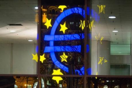 Lạm phát tại Eurozone vẫn ở vùng âm