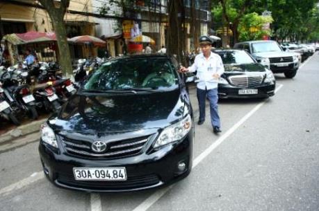 Bãi đỗ xe ngầm Hà Nội: Quy hoạch vẫn nằm trên giấy