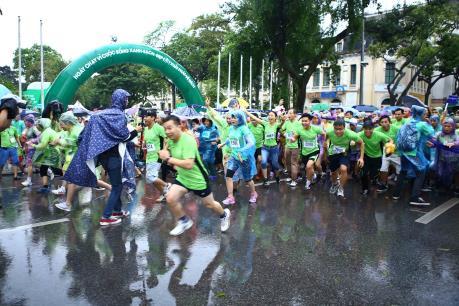 Chạy vì cuộc sống xanh – sạch – đẹp hưởng ứng Ngày Mẹ trái đất