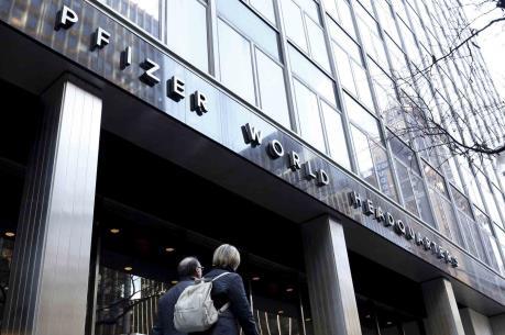 Pfizer nộp khoản tiền lớn để tránh sa vào kiện tụng