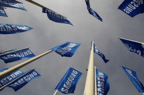"""Samsung vững bước trước những """"cơn gió ngược"""" của ngành bán dẫn toàn cầu"""