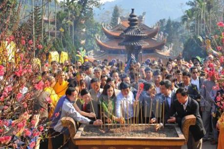 Chùa Hương đón 1,5 triệu lượt khách trong mùa lễ hội năm nay