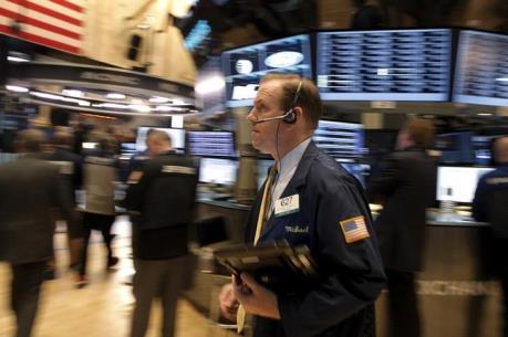 Chứng khoán Mỹ ngày 28/4 dậy sóng khi tỷ phú Carl Icahn rút vốn khỏi Apple