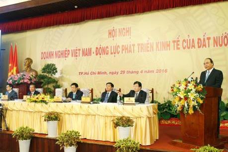 Thủ tướng Nguyễn Xuân Phúc : Chính phủ tạo thuận lợi nhất cho doanh nghiệp phát triển