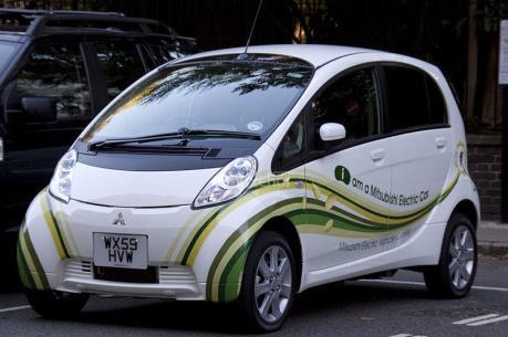 Đức trợ giá 1 tỷ euro cho xe điện