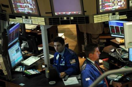 Thị trường chứng khoán Mỹ: Một năm sau ngày lập kỷ lục