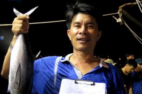 Ngư dân trúng đậm các loại cá khai thác gần bờ