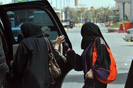 Saudi Arabia chi mỗi năm gần 4 tỷ USD thuê tài xế nước ngoài